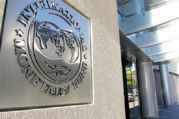 صندوق بینالمللی پول: قیمت نفت امسال ۴۲ درصد رشد میکند