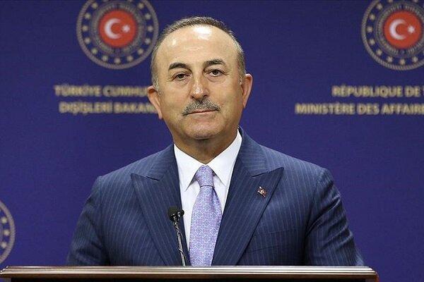 چاووشاوغلو خواستار رفع محدودیت در فروش تسلیحات نظامی به ترکیه شد