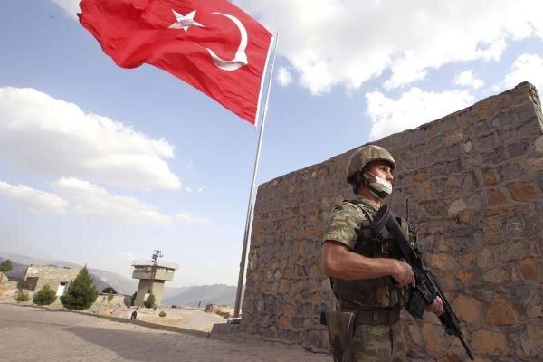 حمله راکتی به پایگاه نیروهای نظامی ترکیه در نینوا عراق