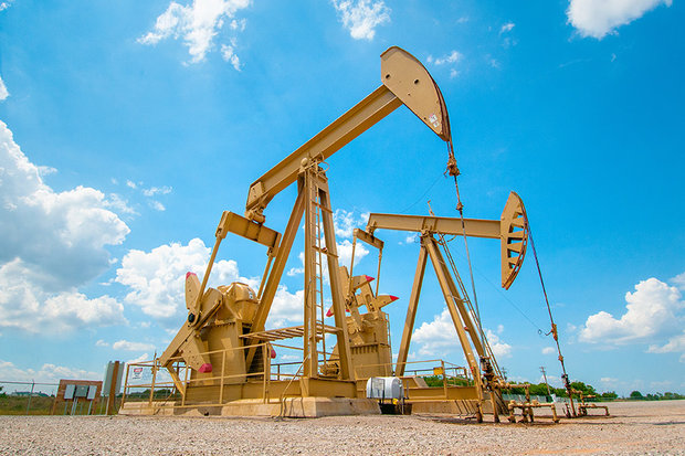 قیمت نفت خام با جهش ۴ درصدی به بالاترین سطح ۱ ماهه رسید