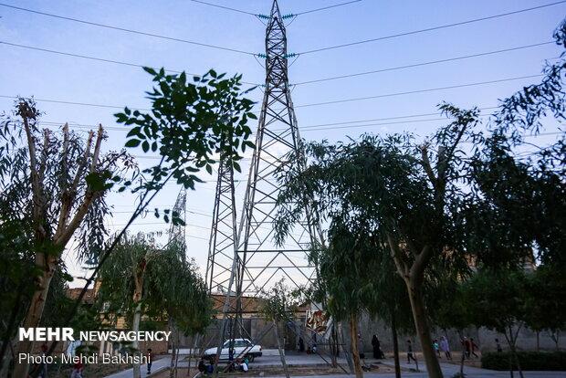 قطع برق ۳۰۰ مشترک در سه روستای زلزله زده/شبکه آبرسانی مشکلی ندارد