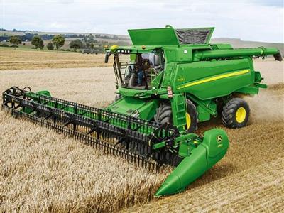 بانک کشاورزی برای توسعه مکانیزاسیون کشاورزی 30 هزارمیلیارد ریال اختصاص داد