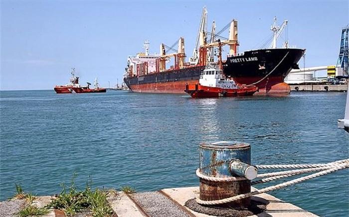ایران پارسال ۳ میلیارد دلار بنزین صادر کرد/ افت ۲۳ درصدی ارزش صادرات کالاهای پتروشیمی