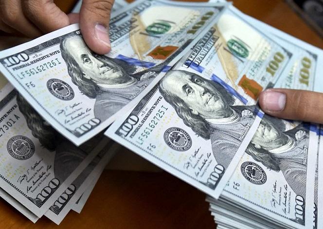 دلار وارد کانال ۲۳ هزار تومانی شد