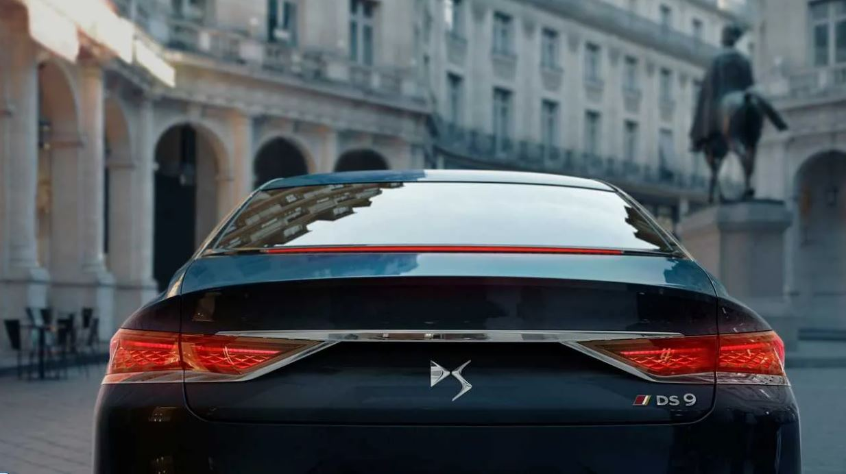 شکوه صنعت خودرو فرانسه؛ آیا DS 9 از پس رقبای قدرتمند آلمانی بر میآید؟