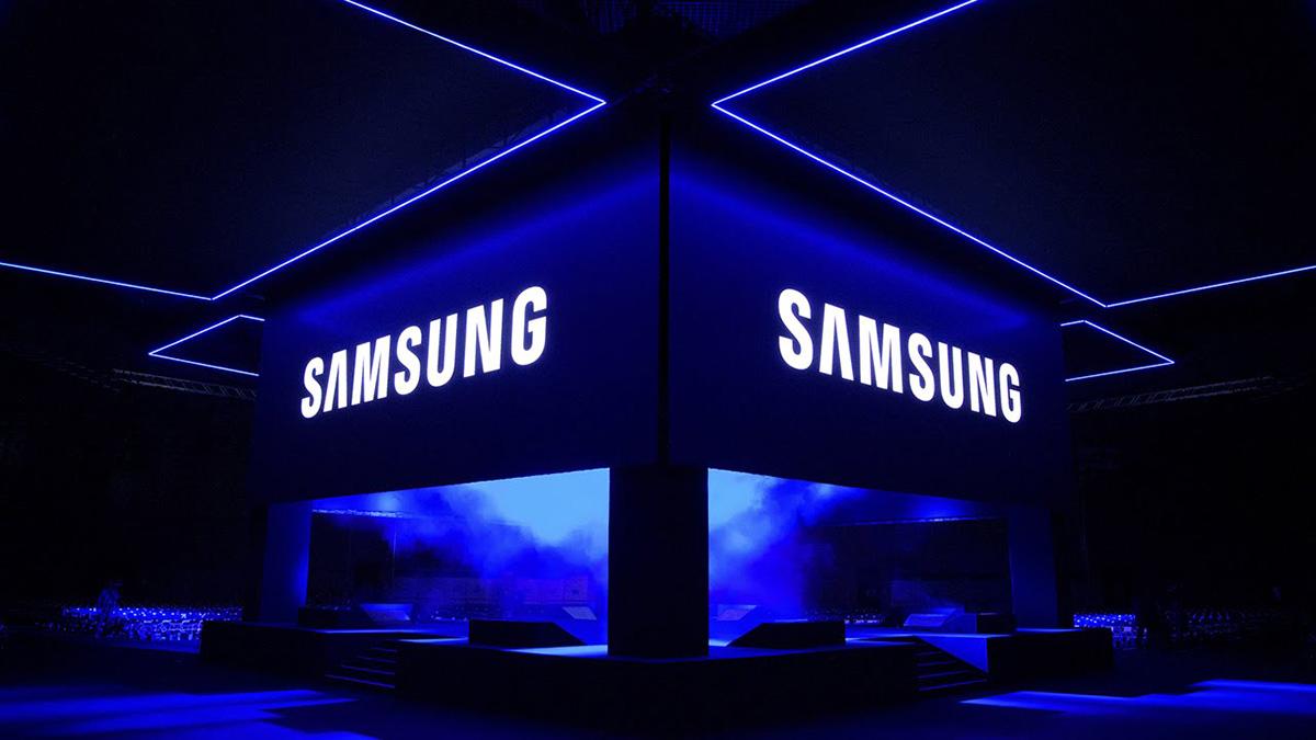سامسونگ روی نمایشگر OLED با تراکم ۱۰۰۰ پیکسل بر اینچ برای ۲۰۲۴ کار میکند