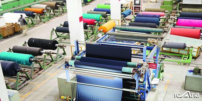 سالانه 2 میلیارد دلار پوشاک به کشور قاچاق میشود/ برندسازی و به روز کردن ماشین آلات نیاز صنعت نساجی