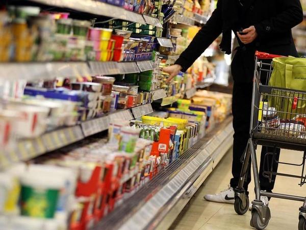 کاهش ۱۵ تا ۲۰ درصدی مصرف سرانه برنج/ شکر فعلا گران نمیشود/ افزایش قیمت نان به وزارت صمت ابلاغ نشده است
