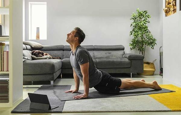 چگونه با ساده ترین وسایل در خانه ورزش کنیم؟