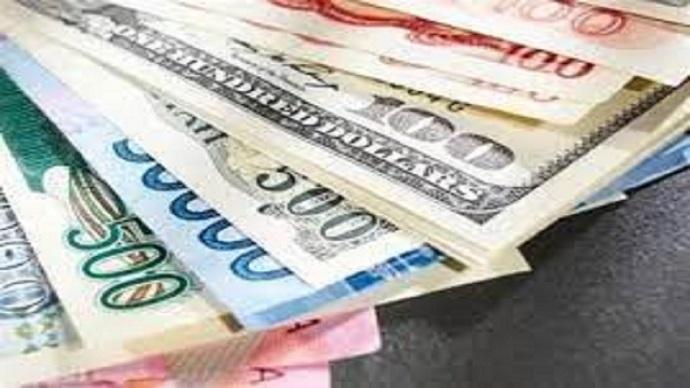 بازگشت دلار به کانال ۲۰ هزار تومانی؛ نرخ ارز همچنان کاهشی است