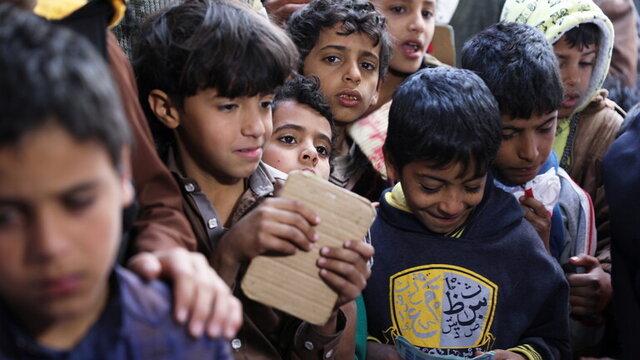 توقیف کیفهای مدرسه در الحدیده یمن، منقش به نقشههایی از اسرائیل به جای فلسطین