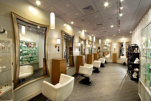 ورشکستگی آرایشگاههای زنانه زیر فشار کرونا