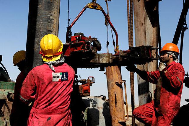 استقرار دستگاه حفاری ۴۰ فتح در میدان نفتی سیاهمکان