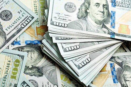 عقبگرد دلار در بازار
