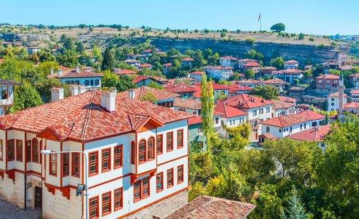 ایرانیها چند خانه در ترکیه خریداری کردند؟