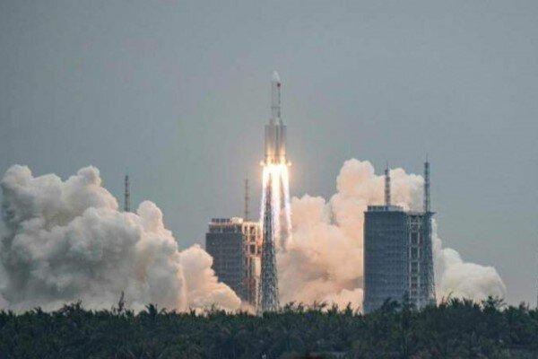 کاخ سفید: فرماندهی فضایی آمریکا راکت چین را رهگیری میکند