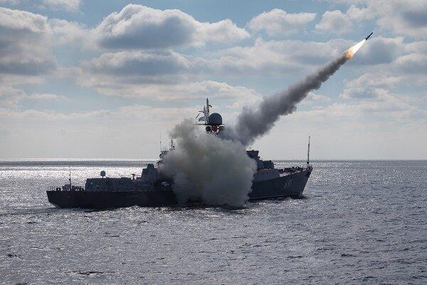 برگزاری مانور مشترک نظامی روسیه و قزاقستان در دریای خزر