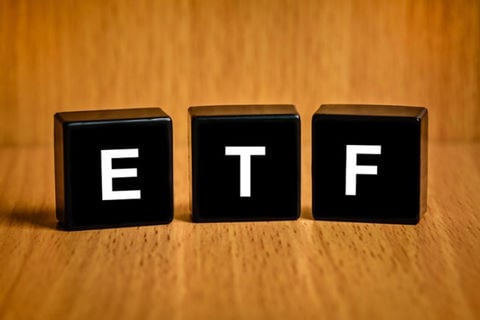 سهامداران ETF در بورس بخوانند