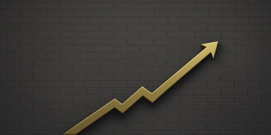 نظرسنجی: قیمت طلا همچنان صعودی خواهد ماند