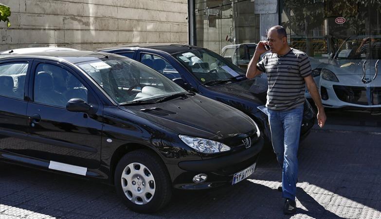 تخفیف ۳۰ درصدی خودرو  به علت نبود مشتری