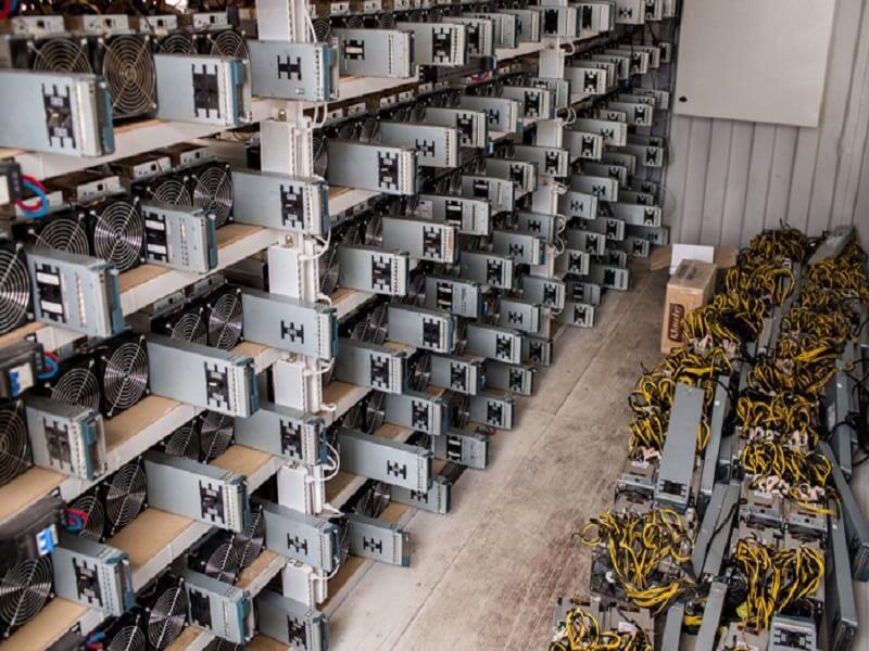 شناسایی ۱۵ دستگاه غیرمجاز استخراج ارز دیجیتال در سمنان