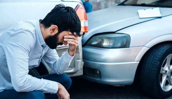 راهنمای جامع خرید بیمه بدنه خودرو در تابستان 1400