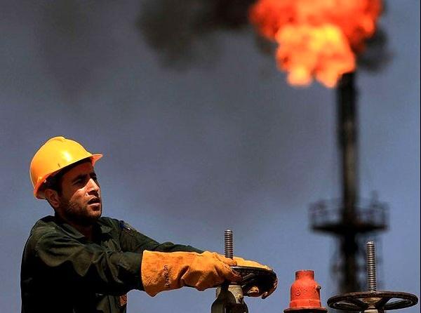 خیز نور چشمیها در لباس پیمانکار/ حاکمیت پیمانکاران بر نظام طبقاتی نفت/ نگرانی کارگران از زد و ببند و تضییع حقوق