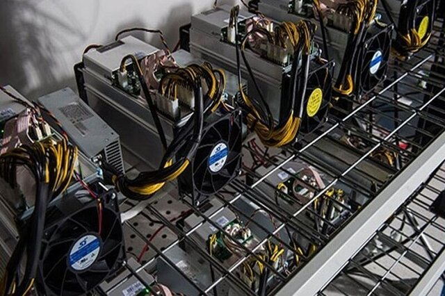 کشف تجهیزات ۷.۵ میلیاردی استخراج ارز دیجیتال در دشتستان