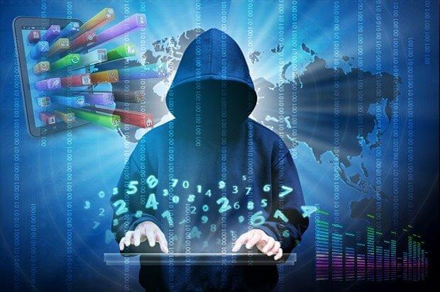 آسیبهای عدم آگاهی کاربران از تهدیدات فضای مجازی