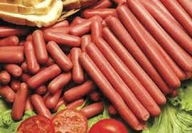 """سوسیس """"دهکده پروتئین"""" استاندارد نیست"""