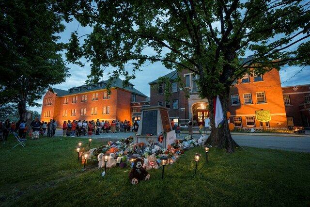 بومیان کانادا صدها گور بینشان دیگر در محل یک مدرسه سابق یافتهاند