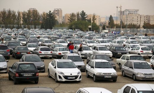 نوسانات قمیتی در بازار خودرو کاهش یافت/ پژو پارس ۲۲۷ میلیون تومان شد