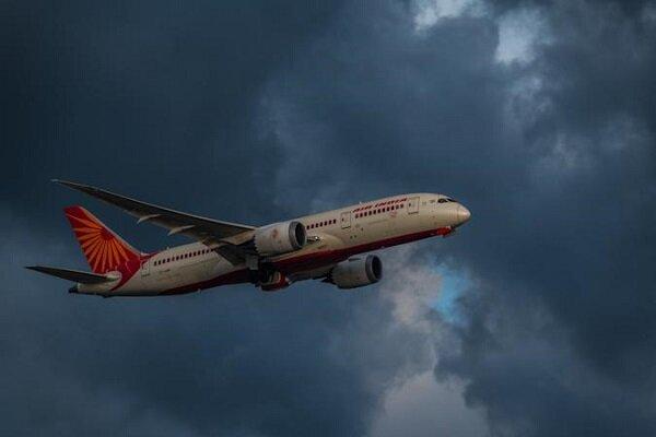 کلیه مجوزهای شرکت هواپیمایی تابان به عمان تعلیق شد