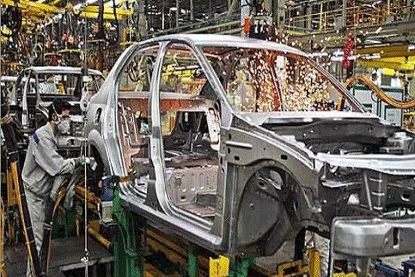 خودروسازان خودروی باکیفیت به مردم بدهند