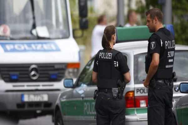تیراندازی در برلین دست کم سه زخمی بر جای گذاشت