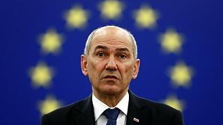 «یانشا» هنگام سخنرانی در نشست منافقین فراموش کرده بود که رئیس دورهای اتحادیه اروپا است