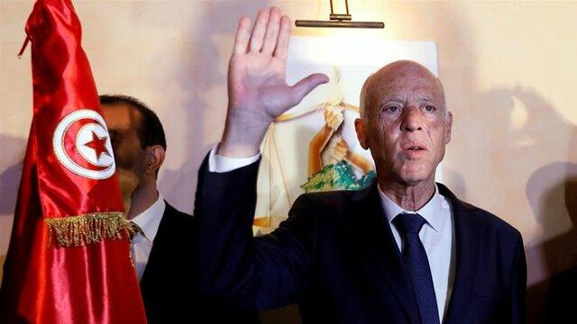 رئیسجمهوری تونس حکم برکناری نخستوزیر، وزیران دفاع و دادگستری را صادر کرد