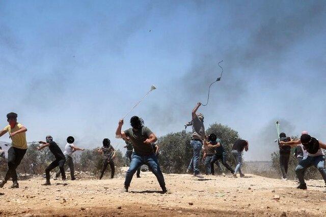 چند فلسطینی در تیراندازی اشغالگران در نابلس زخمی شدند/ محکومیت شهادت کودک فلسطینی در الخلیل