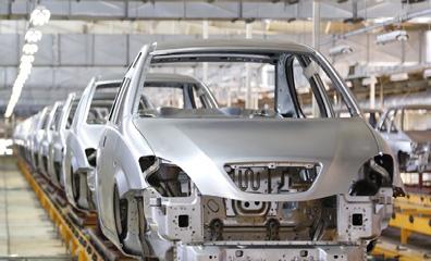 با اصلاح ساختار خودروسازی بسیاری از مشکلات صنعت خودرو حل خواهد شد