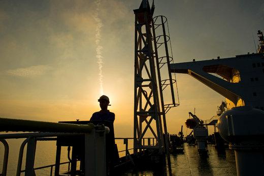 قیمت نفت کانال عوض کرد
