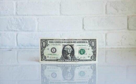 روایتی تازه از دلایل نوسان قیمت ارز/ چرا ارزش دلار کم شد؟