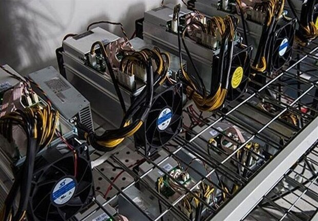 کشف ۱۱ دستگاه تولید ارز دیجیتال قاچاق در طالقان