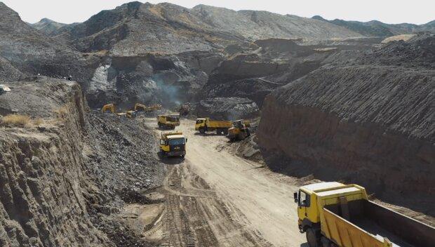 مزایده های مربوط به اجرای طرح آزادسازی شش هزار معدن لغو نمیشود