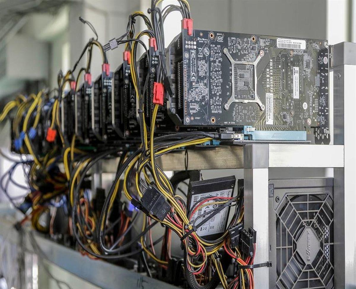 کشف 3 دستگاه استخراج رمز ارز دیجیتال در شهرستان بافت