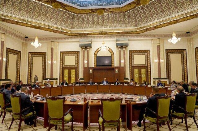 نشست روسای احزاب با الکاظمی در حضور رئیس پارلمان و رئیسجمهوری عراق