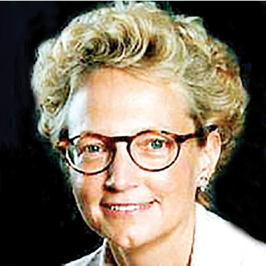 کلارا فورس   نخستین مدیر اجرایی زن بورس لندن