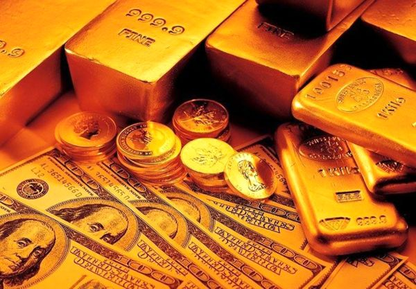 گزارش نیمروزی از بازار طلا، دلار و سکه/ دلار صعود کرد