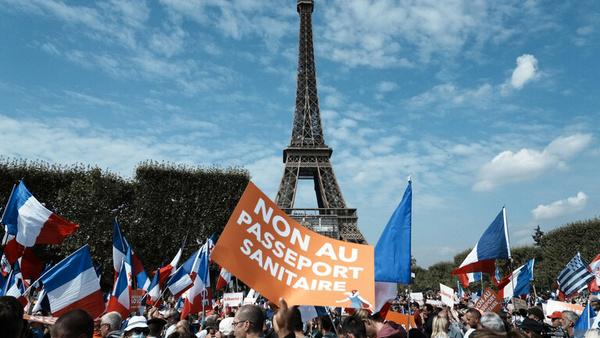 ادامه تظاهرات مردم فرانسه علیه محدودیتهای کرونایی