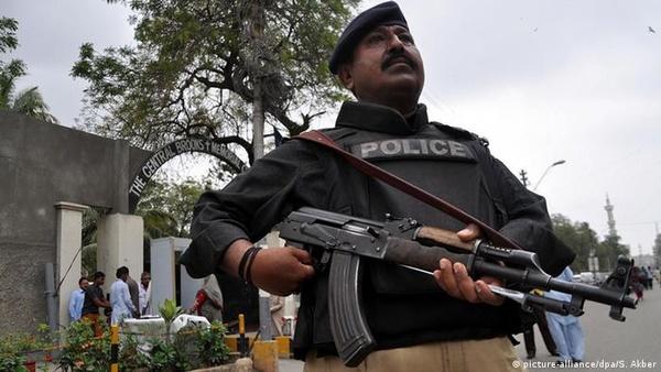 ۹ کشته و ۱۶ زخمی در پی تیراندازی در پاکستان