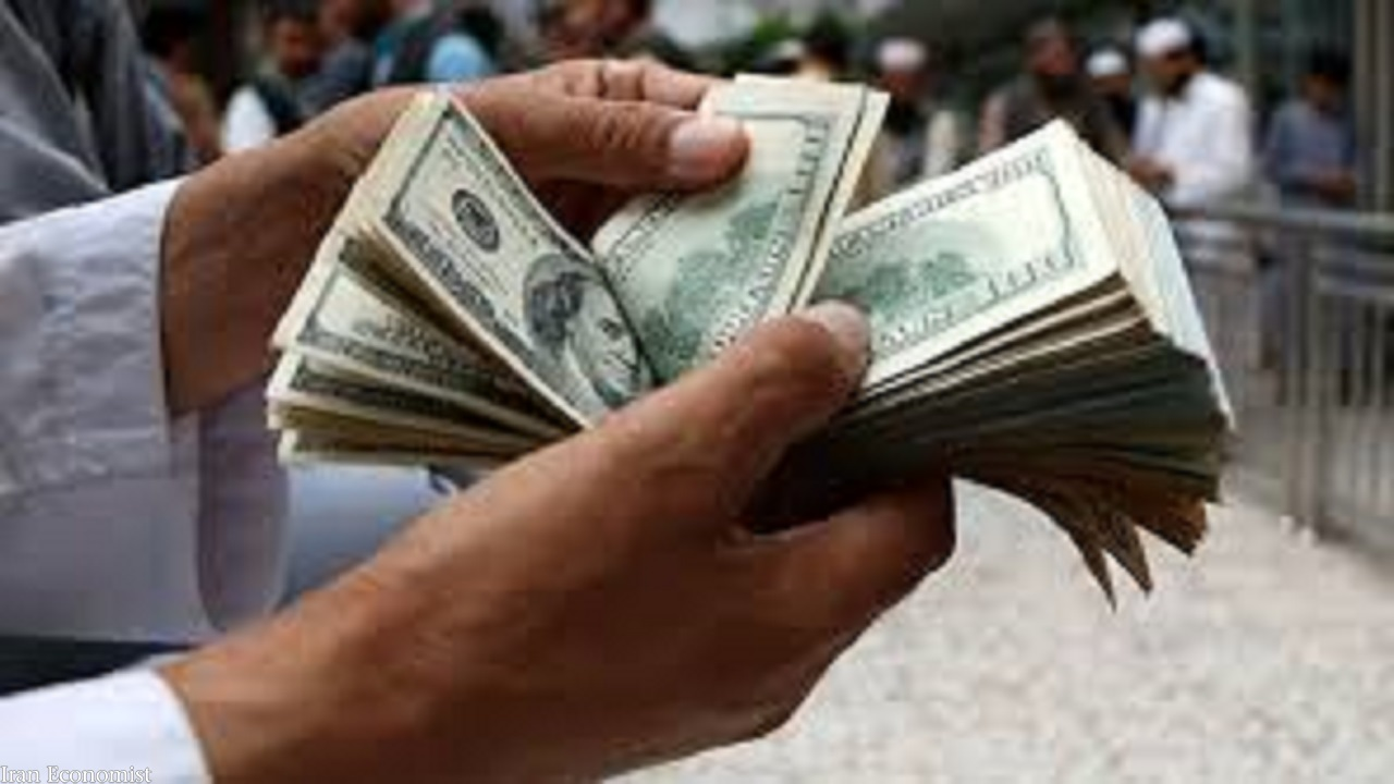 نوسان محدود نرخ ارز؛ دلار ۲۶ هزار و ۶۶۰ تومان است